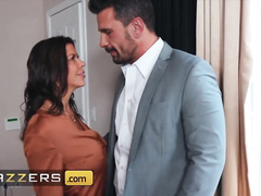 Hot milf Alexis Fawx covets to Manuel Ferrara and deepthroats his big dick